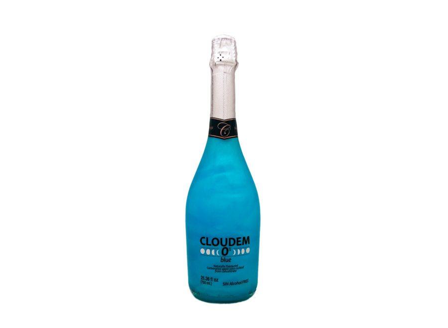 Botella de 750ml de espumoso sin alcohol cloudem blue sabor manzana con efecto nube o fuego, agítalo y descubre el increible movimiento iridiscente. Producto fabricado por Industrias Espadafor