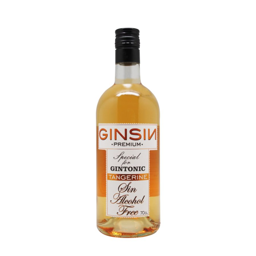 GINSIN TANGERINE is a non-alcoholic drink inspired by gin, it uses the same ingredients of gin but maceration of the ingredients so there is no distillation or fermentation, obtaining a 0.0 product.