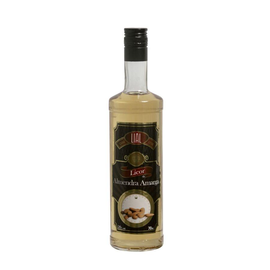 Botella de 70cl de licor de almendra amarga. Producto fabricado en Granada, España. En stock listo para enviar.