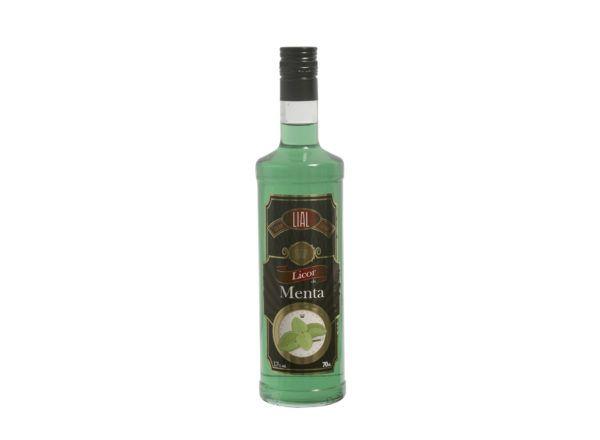 Botella de 70cl de licor de fabricado por LIAL