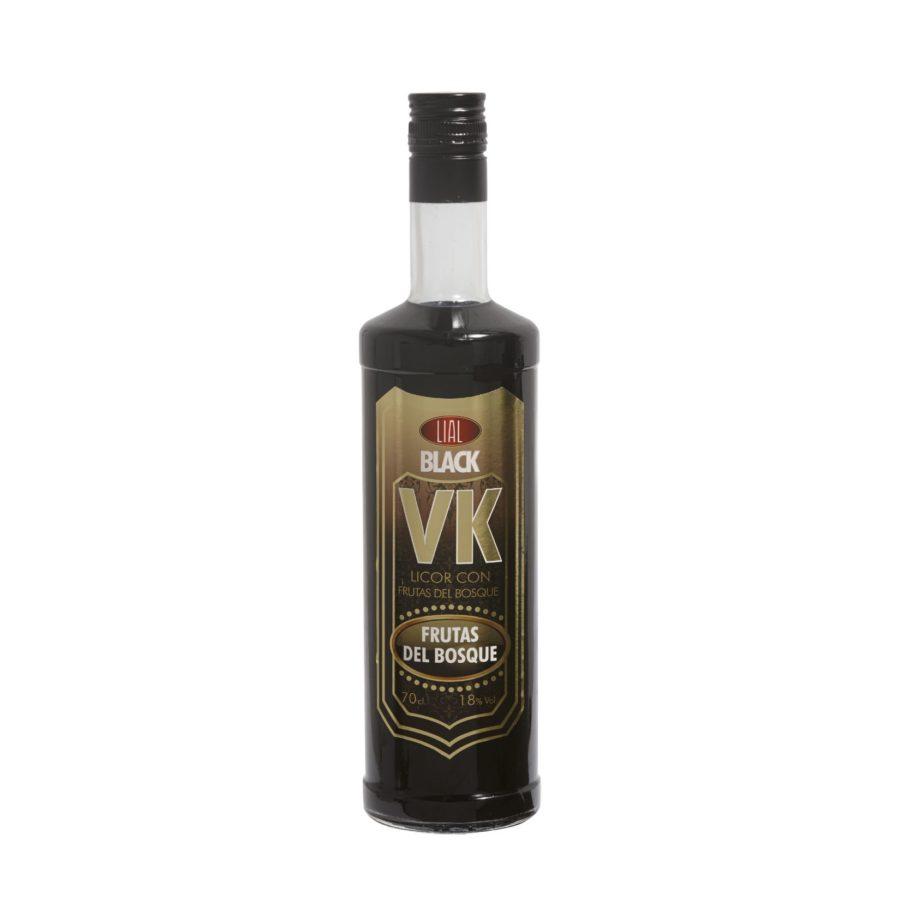 Botella de 70cl de bebida de licor con frutas del bosque. Formato de 70cl con 18% de alcohol en tonos oscuros. VK Black LIAL