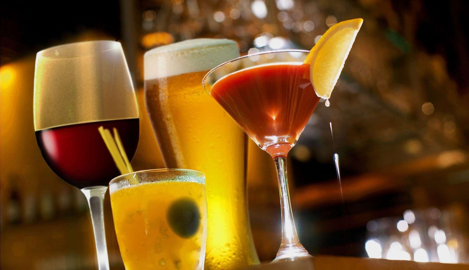 Clasificación de los vasos para coctelería